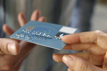 Comércio eletrônico brasileiro cresce 15% em janeiro, diz Mastercard